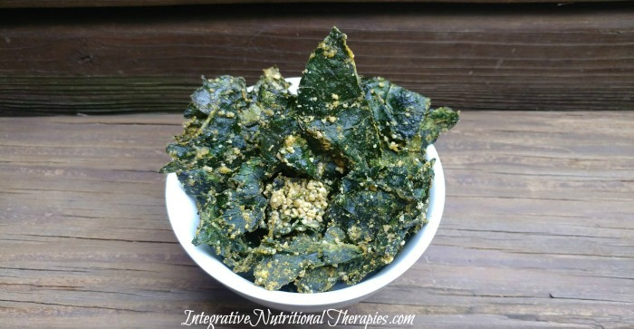 Baked Chipotle Cheesy Kale Chips – Paleo and Vegan